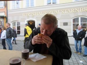 Bratwurst semmel - Copy (2) - Copy