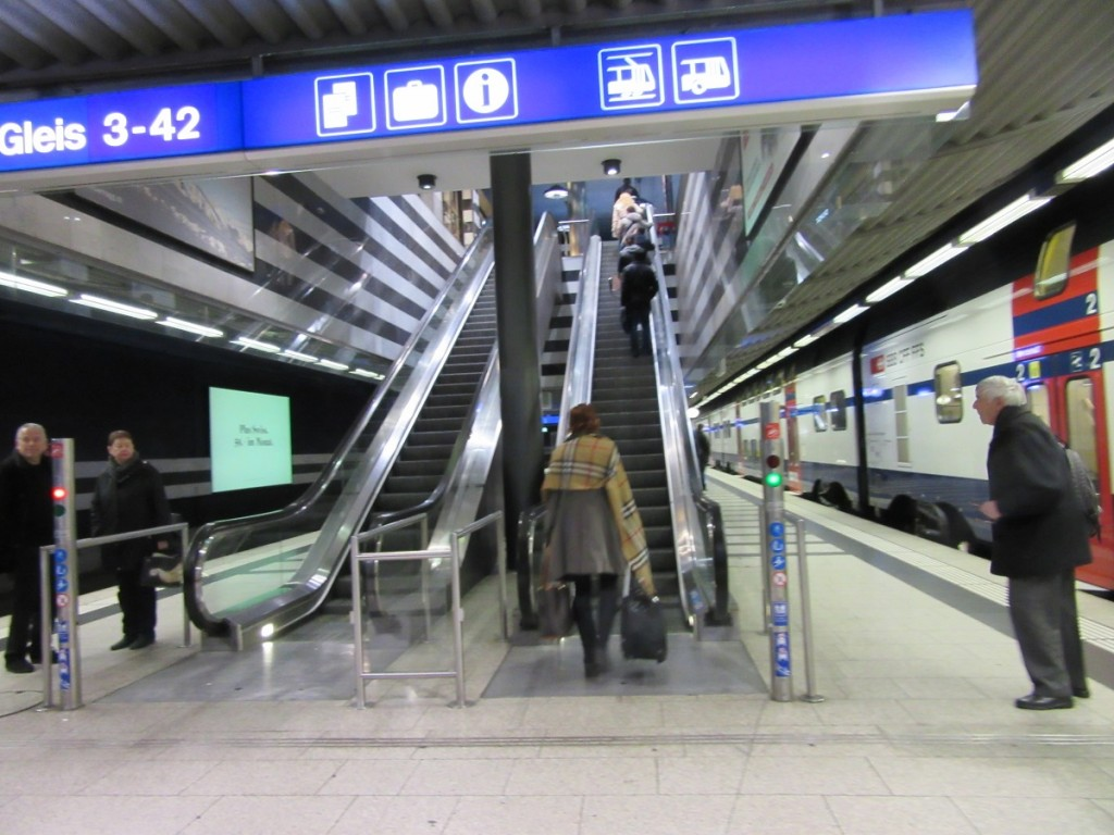 Escalator up