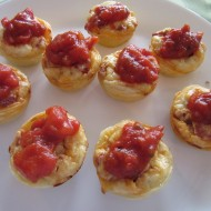 Mini  Pizza Calzone Snackers