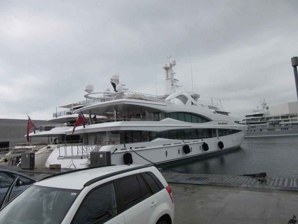 Yacht 2 Lady Christina