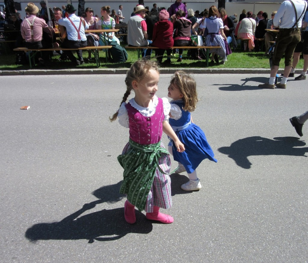 Tiny dancers - Copy